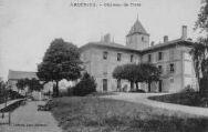 1 vue  - Château de Tiret (ouvre la visionneuse)