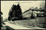 1 vue  - Château de Tricaud (ouvre la visionneuse)