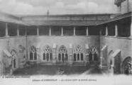 1 vue  - Abbaye d'Ambronay - le cloître XV et XVII e siècles (ouvre la visionneuse)