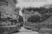 1 vue  - Bellegarde -Vallée du Rhône, la passerelle d'ARLOD (ouvre la visionneuse)