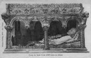 1 vue  - corps du Saint Curé d'Ars dans sa châsse (ouvre la visionneuse)