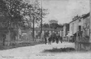 1 vue  - La Valbonne - La Place (ouvre la visionneuse)