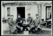 1 vue  - [1914, camp de la Valbonne - 501] (ouvre la visionneuse)
