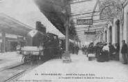 1 vue  - arrivée d'un express de Genève et voyageurs (ouvre la visionneuse)