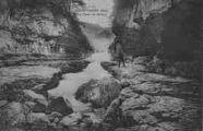 1 vue  - le perte du Rhône (ouvre la visionneuse)