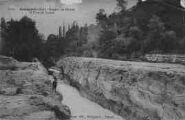 1 vue  - gorges du Rhône et pont de Lucey (ouvre la visionneuse)