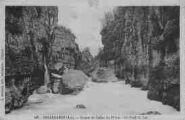 1 vue  - gorges du canon du Rhône, le Fond du sac (ouvre la visionneuse)