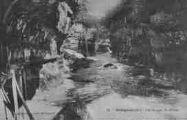 1 vue  - les gorges du Rhône (ouvre la visionneuse)