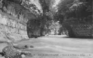 1 vue  - sortie de la perte du Rhône (ouvre la visionneuse)