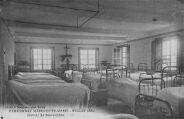 1 vue  - pensionnat Marguerite-Marie, dortoir du Sacré-Coeur (ouvre la visionneuse)