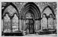 1 vue  - Cathédrale - porte Saint-Anthelme (ouvre la visionneuse)