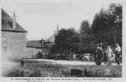 1 vue  - Chartreuse de Portes - arrivée des touristes (ouvre la visionneuse)