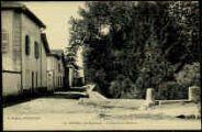 1 vue  - Le bord de la Sereine (ouvre la visionneuse)