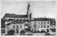 1 vue  - l'église Notre-Dame et la bibliothéque (ouvre la visionneuse)