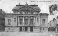 1 vue  - le théâtre et la rue Pasteur (ouvre la visionneuse)