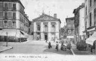 1 vue  - place de l'Hôtel-de-Ville (ouvre la visionneuse)