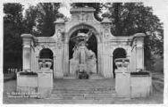 1 vue  - monument aux Morts (ouvre la visionneuse)