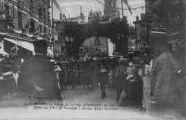 1 vue  - retour du 23e régiment d'Infanterie, 10 août 1919 le défilé sous l'Arc de Triomphe - avenue Alsace-Lorraine (ouvre la visionneuse)