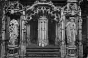 1 vue  - église de Brou - détail du tombeau de Philibert le Beau (ouvre la visionneuse)