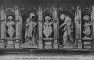 1 vue  - église de Brou - figures du mausolée de Marguerite de Bourbon (ouvre la visionneuse)