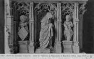 1 vue  - église de Brou - socle du tombeau de Marguerite de Bourbon (ouvre la visionneuse)
