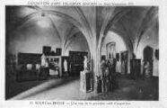 1 vue  - Eglise de Brou - Exposition d'art religieux ancien - Août-Septembre 1933 - Une vue de la première salle d'exposition (ouvre la visionneuse)