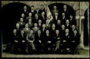1 vue  - Fêtes d'aviation des 13, 14 et 15 juillet 1912. Groupe de vendeuses de la petite fleur bleue (ouvre la visionneuse)