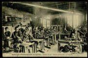 1 vue  - Institution professionnelle de Carriat - Atelier du fer - Section industrielle (1re année) (ouvre la visionneuse)