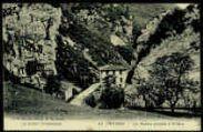 1 vue  - La Roche Coupée à Préau (ouvre la visionneuse)