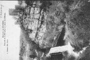 1 vue  - cascade de la Dorche et ruines du Château (ouvre la visionneuse)
