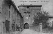 1 vue  - porte de Villars (ouvre la visionneuse)