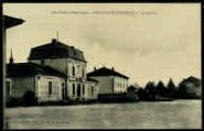 1 vue  - La mairie (ouvre la visionneuse)