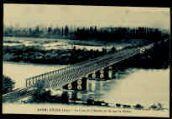 1 vue  - Le pont du chemin de fer sur le Rhône (ouvre la visionneuse)