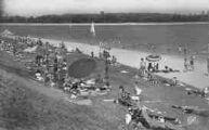 1 vue  - la plage et le lac (ouvre la visionneuse)