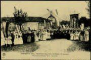 1 vue  - Bénédiction de la Croix de Mission à Coberthoud, dimanche 16 octobre 1910-Souvenir [au verso : paroles du curé d'Ars) (ouvre la visionneuse)