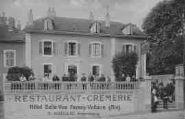 1 vue  - Restaurant-Crêmerie - Hôtel Belle-Vue, propriétaire Miroglio (ouvre la visionneuse)