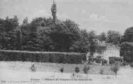 1 vue  - château Voltaire et les charmilles (ouvre la visionneuse)