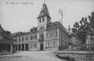 1 vue  - l'Hôtel de Ville (ouvre la visionneuse)