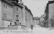 1 vue  - place de la Fontaine et le Grande Rue (ouvre la visionneuse)