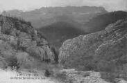 1 vue  - portes sarrasines et le Jura (ouvre la visionneuse)