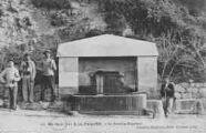 1 vue  - fontaine Napoléon (ouvre la visionneuse)