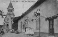 1 vue  - L'Eglise et la Salle Paroissiale fête de la JAC ? (ouvre la visionneuse)
