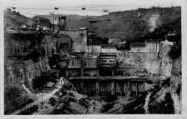 1 vue  - Génissiat-barrage et usine vue aval (mai 1947) (ouvre la visionneuse)