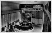 1 vue  - Génissiat-turbine en marche et galerie des visiteurs (ouvre la visionneuse)
