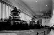 1 vue  - Génissiat-salle des alternateurs, pont roulant (ouvre la visionneuse)