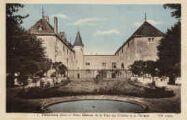1 vue  - vieux château de la Tour des Echelles et sa terrasse (ouvre la visionneuse)