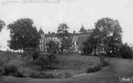 1 vue  - Château de Chenavel (ouvre la visionneuse)
