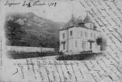 1 vue  - villa et la montagne de Bramatan (ouvre la visionneuse)