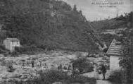1 vue  - pont naturel des Oulles sur la Valserine poste de douane avec douanier (ouvre la visionneuse)