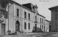 1 vue  - Hôtel de Ville (ouvre la visionneuse)